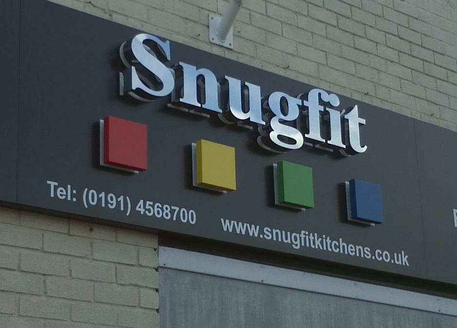 Snugfit Kitchens – Fascia Sign